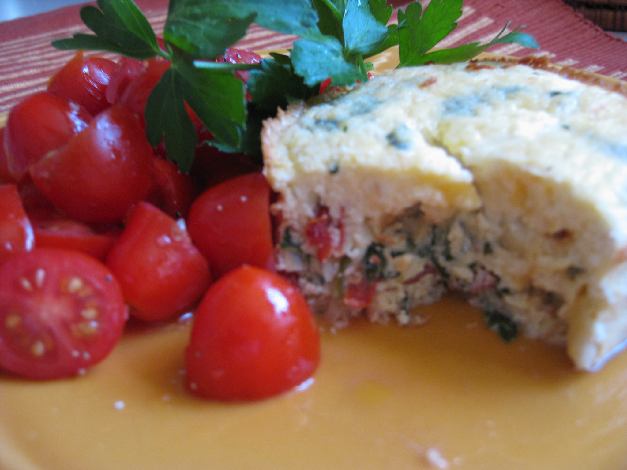 spinach, sun-dried tomato and goat cheese souffle – savoring every
