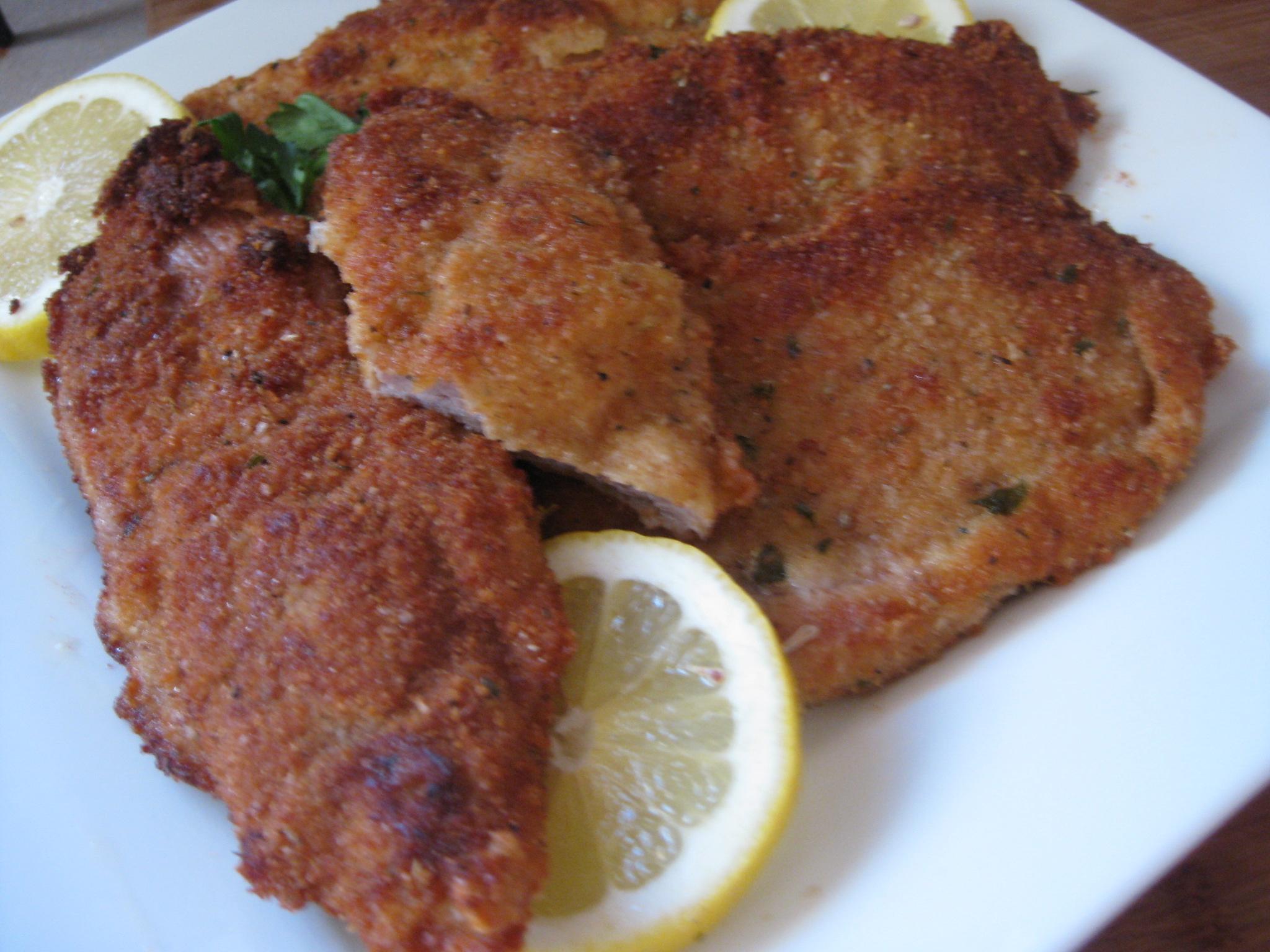 how to cook breaded pork schnitzel