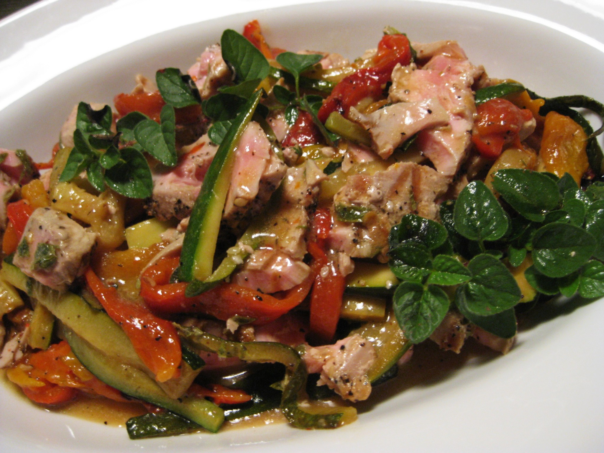 Grilled Tuna Salad with Roasted Peppers and Zucchini – Savoring ...