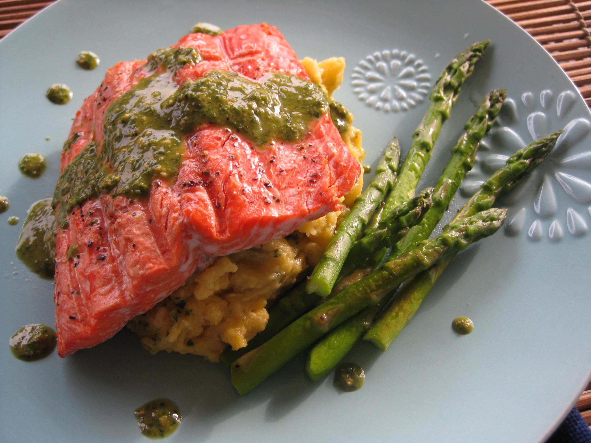 Stephan's Broiled Salmon Pesto Recipes — Dishmaps