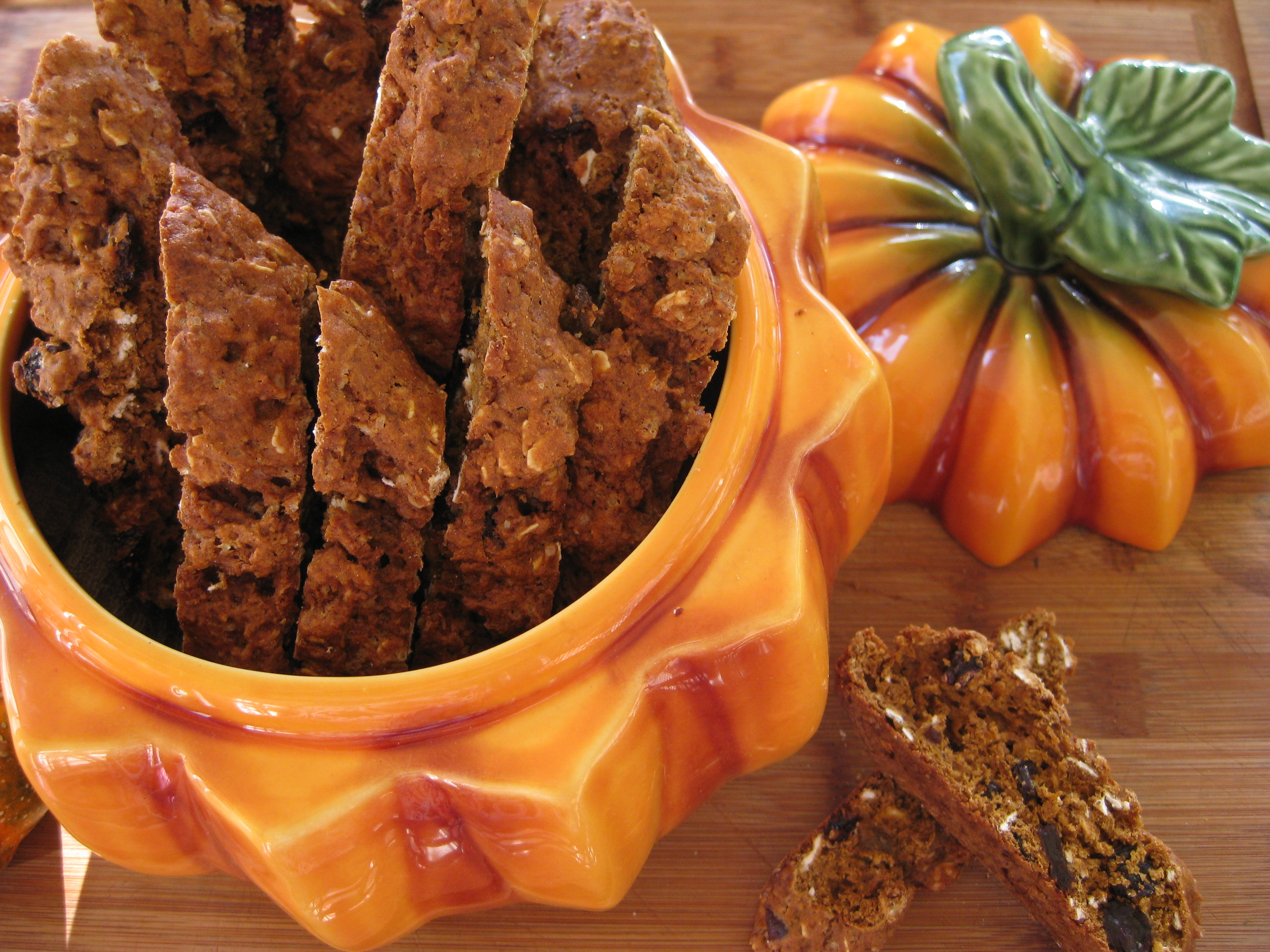 Pumpkin Oatmeal and Raisin Biscotti – Savoring Every Bite